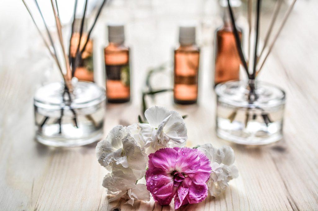 Aromatherapie-Set mit Blüten